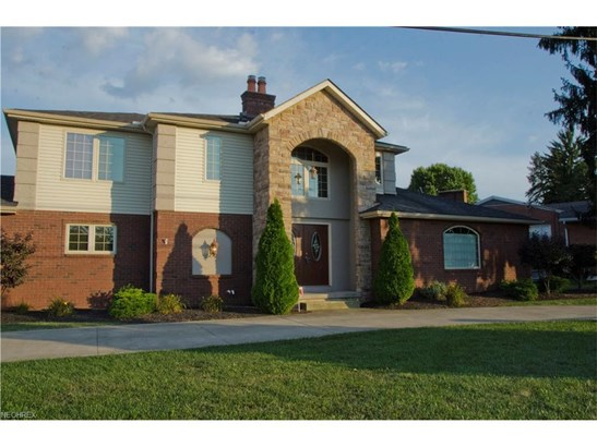 5784 West Nw Blvd, Canton, OH - USA (photo 1)