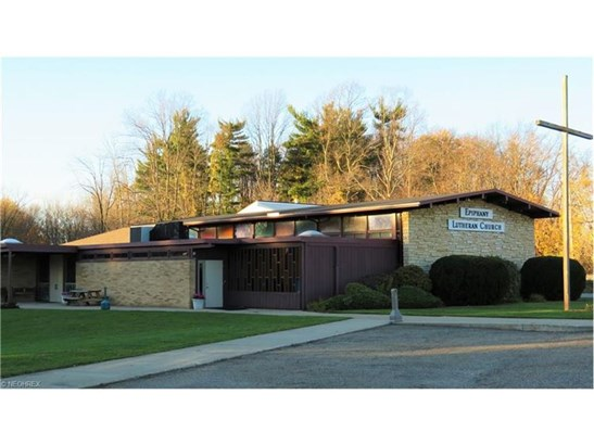 10503 Valley View Rd, Northfield, OH - USA (photo 1)