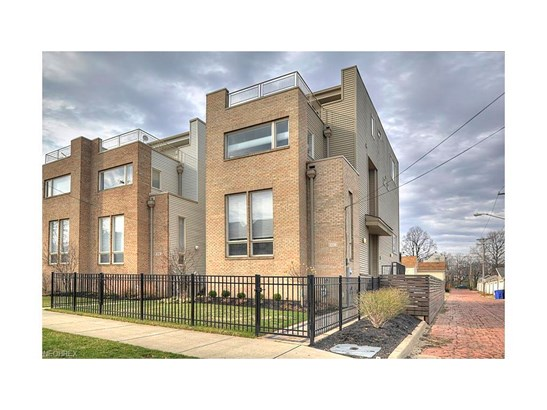 2236 W 5th St, Cleveland, OH - USA (photo 1)