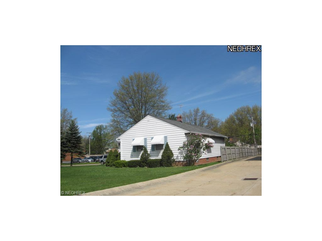 5487 Mayfield Rd, Lyndhurst, OH - USA (photo 1)