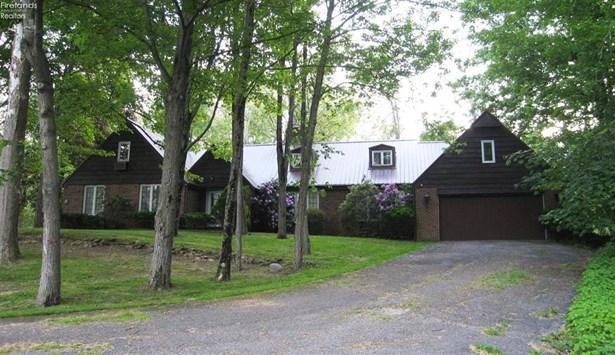555 North Ridge Road, Willard, OH - USA (photo 1)