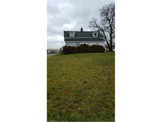 17037 Claridon Troy Rd, Burton, OH - USA (photo 1)