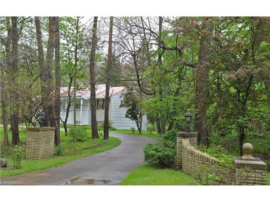 527 Riverview Rd, Gates Mills, OH - USA (photo 1)