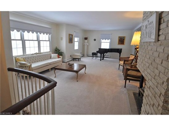 527 Riverview Rd, Gates Mills, OH - USA (photo 3)