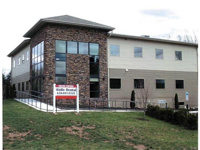 5250 Freemansburg Avenue, Easton, PA - USA (photo 1)