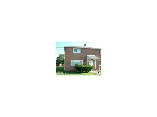 23901 Banbury Cir K10, Warrensville Heights, OH - USA (photo 1)