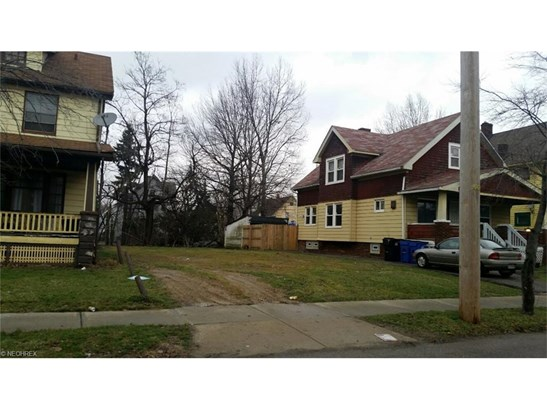 11331 Continental Ave, Cleveland, OH - USA (photo 2)