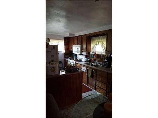 978 Garfield Ave, Braddock Hills, PA - USA (photo 3)