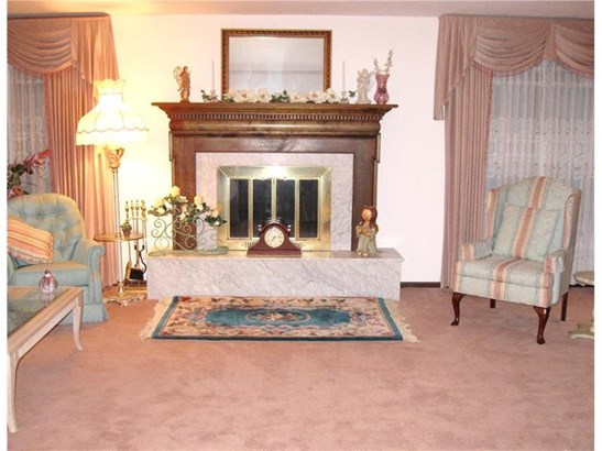 451 Lakewood Dr, Hempfield, PA - USA (photo 5)