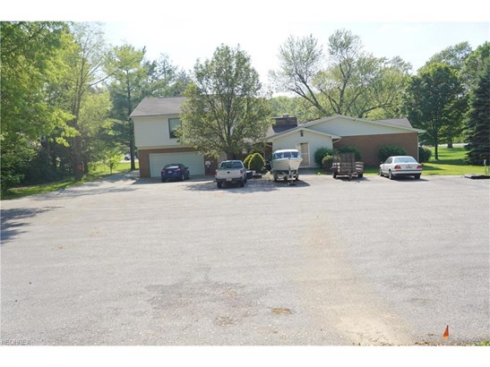 723-725 S Cleveland Ave, Mogadore, OH - USA (photo 2)