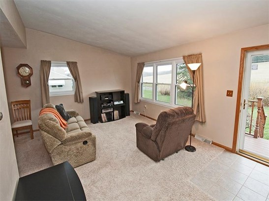 205 Piper Dr., Ford City, PA - USA (photo 5)