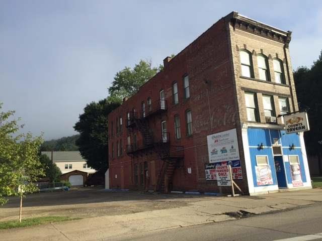 910 Pennsylvania Avenue West, Warren, PA - USA (photo 1)