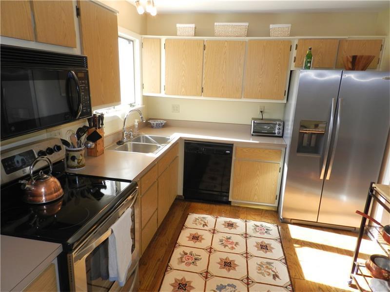 402 Casa Vita Drive, Hempfield, PA - USA (photo 2)