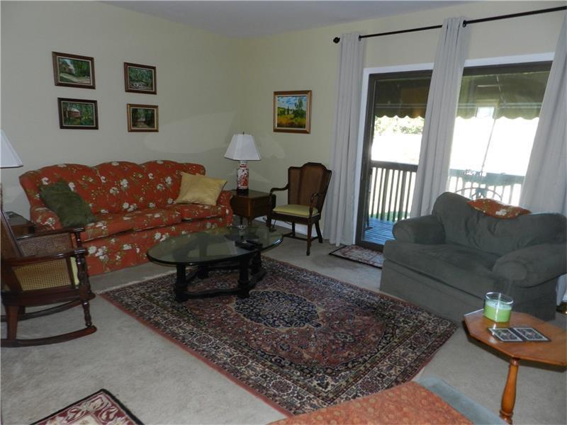 402 Casa Vita Drive, Hempfield, PA - USA (photo 5)