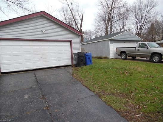 10309 Dove Ave, Cleveland, OH - USA (photo 2)