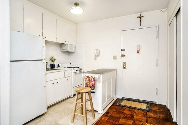 2201 Palmer Avenue 3g, New Rochelle, NY - USA (photo 5)
