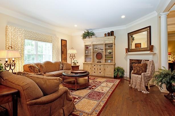 762 Sleepy Hollow Road, Briarcliff Manor, NY - USA (photo 4)
