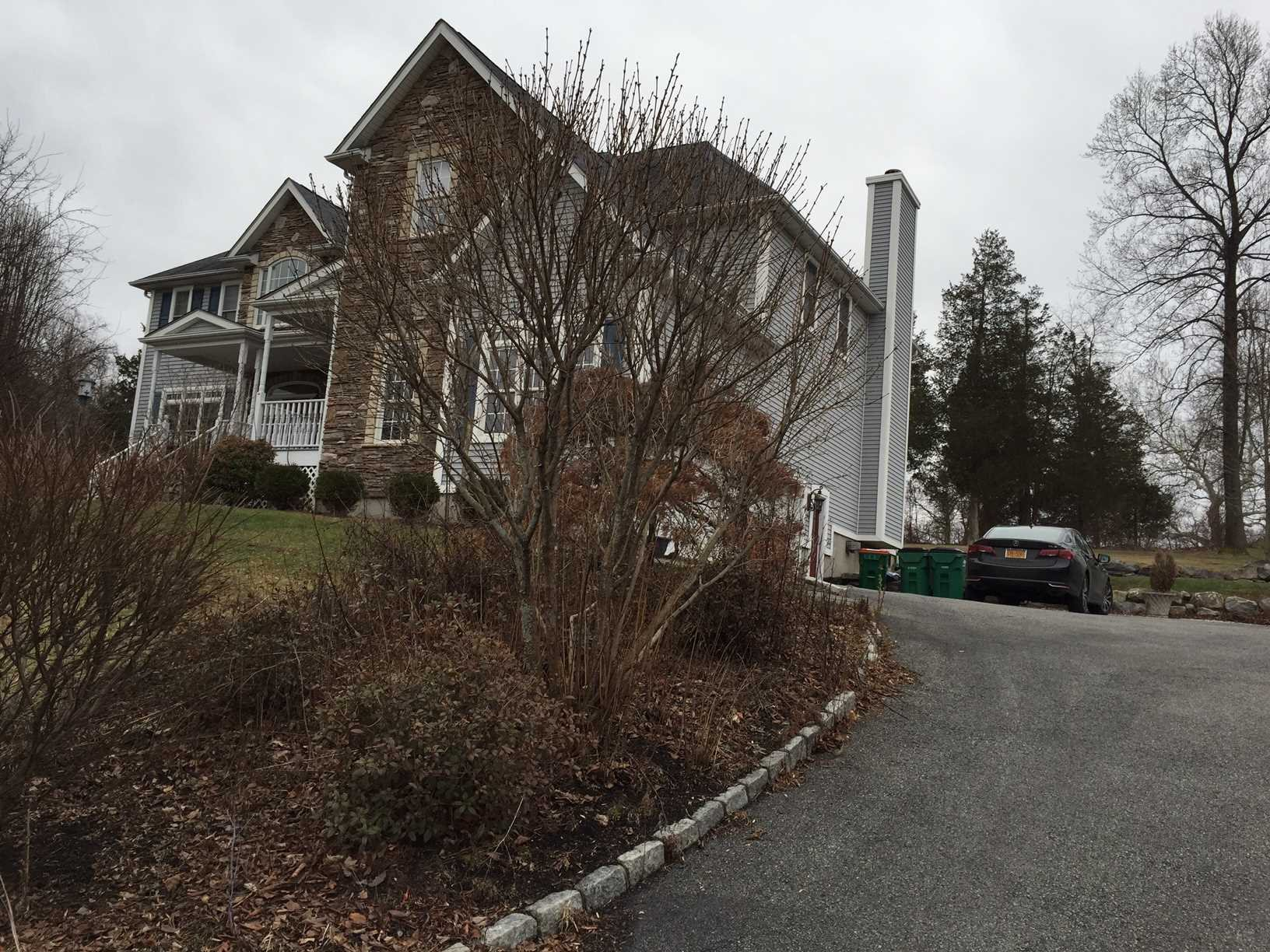 22 Winter Park Dr, East Fishkill, NY - USA (photo 2)