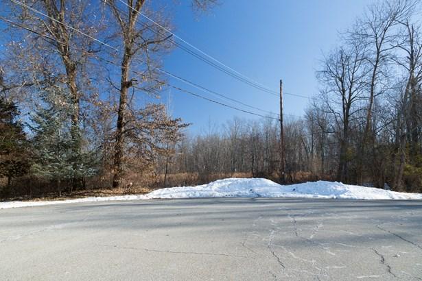 11 Poplar Rd, Fishkill, NY - USA (photo 2)