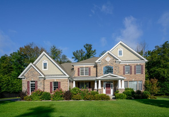 10 Holly Crescent, East Fishkill, NY - USA (photo 1)