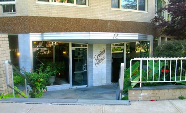12 Old Mamaroneck Road 7p, White Plains, NY - USA (photo 1)