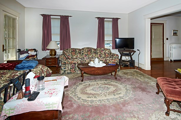 38 Browndale Place, Port Chester, NY - USA (photo 3)