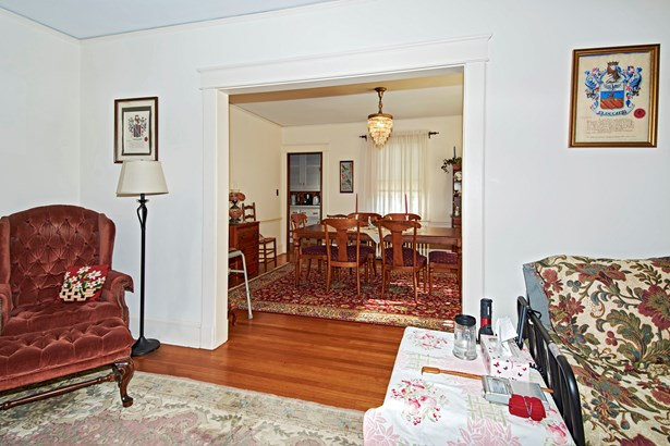 38 Browndale Place, Port Chester, NY - USA (photo 4)