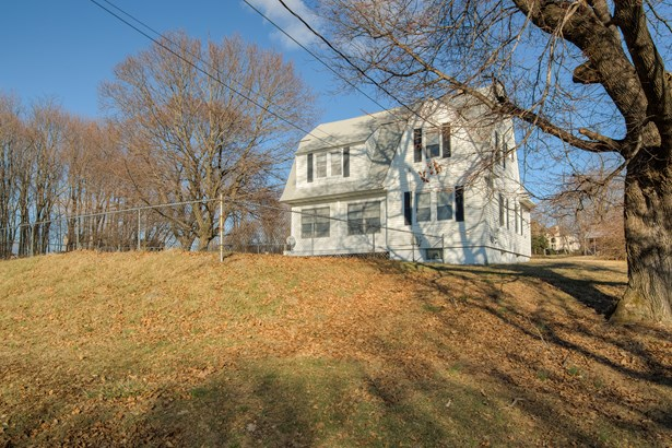 195 All Angels Hill Rd, Wappinger, NY - USA (photo 2)