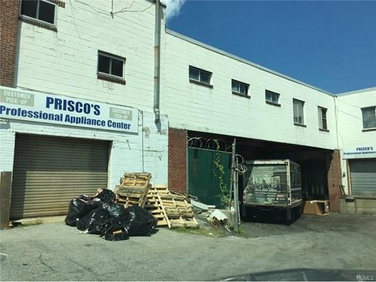 30 Gibson Avenue, White Plains, NY - USA (photo 1)
