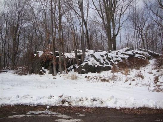 2023 Old Maple Avenue, Cortlandt Manor, NY - USA (photo 2)
