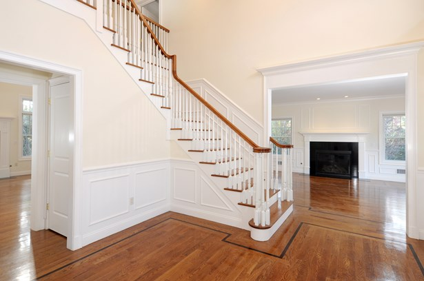 1 Cambridge Court, New Rochelle, NY - USA (photo 2)