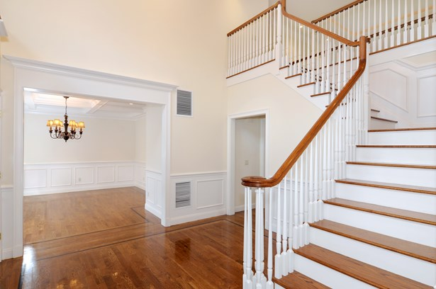 1 Cambridge Court, New Rochelle, NY - USA (photo 4)