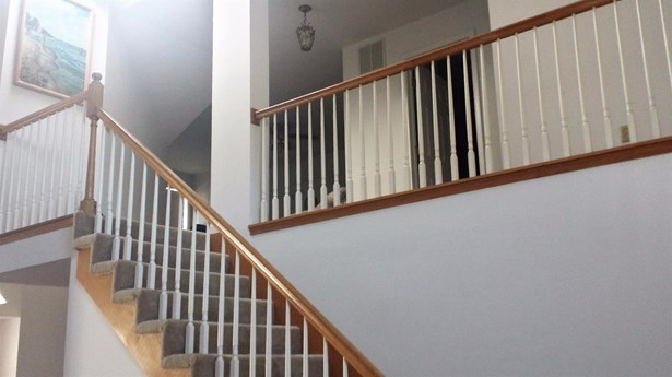 Twnhse/Half Duplex, 2 Story,Townhome - Highland, IN (photo 3)