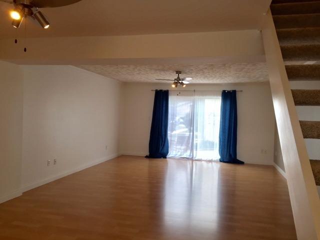 Condominium, 2 Story,Townhome - Michigan City, IN (photo 3)