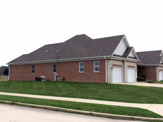Townhouse-ranch - KANKAKEE, IL (photo 2)