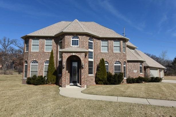 Single Family Detach, 2 Story - Merrillville, IN (photo 2)