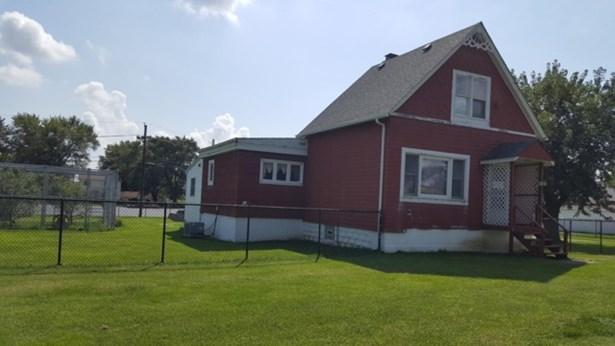 Raised Ranch - STEGER, IL (photo 2)