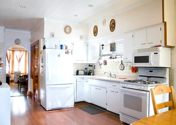 1.5 Story, Bungalow - CHICAGO, IL (photo 5)