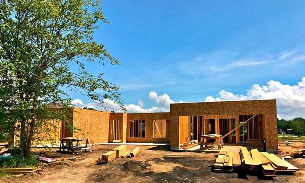 Twnhse/Half Duplex, Townhome - Westville, IN (photo 3)