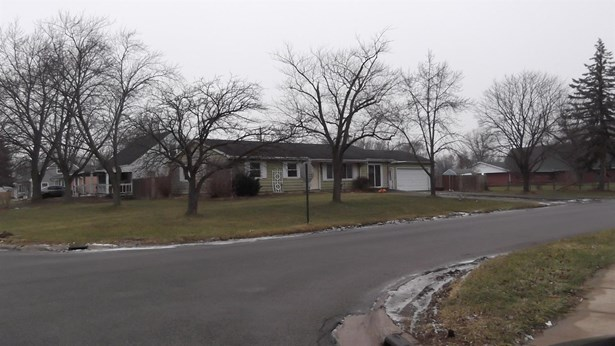 Ranch/1 Sty/Bungalow, Single Family Detach - Valparaiso, IN (photo 2)