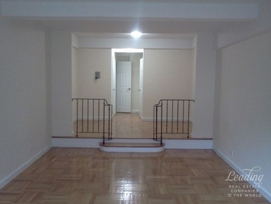 1 Bedroom 1 Bath Grand Art Deco Building 5h, Bronx, NY - USA (photo 1)