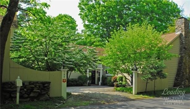 Address Not Disclosed, Weston, CT - USA (photo 2)