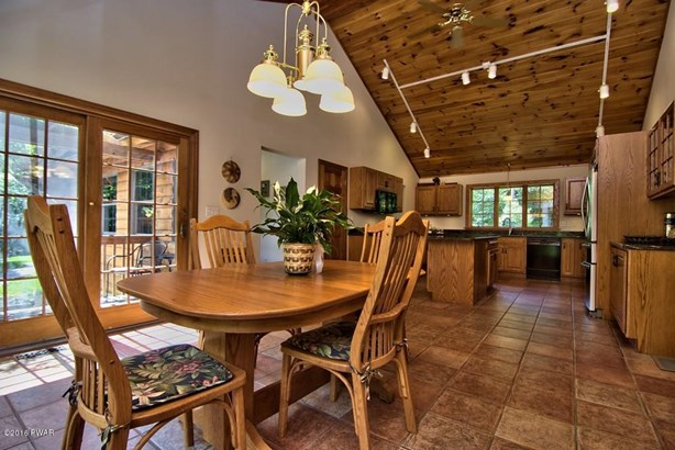 Contemporary,Log Home, Detached - Moscow, PA (photo 4)