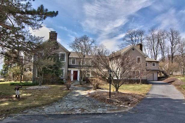 Colonial, Single Family - Waverly, PA (photo 1)