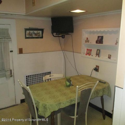 Traditional, Single Family - Scranton, PA (photo 5)