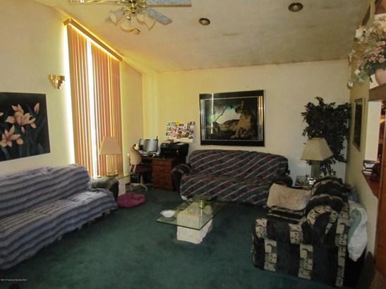 Split Level, Single Family - South Abington Twp, PA (photo 2)