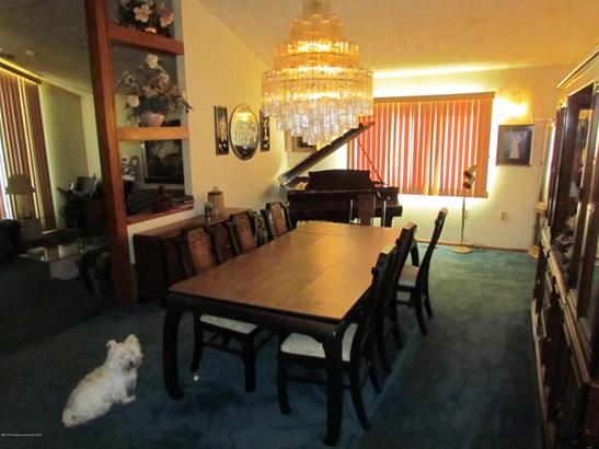 Split Level, Single Family - South Abington Twp, PA (photo 5)