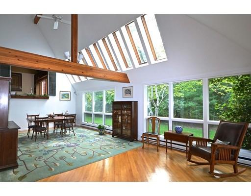 125 Cross Neck Rd, Marion, MA - USA (photo 2)