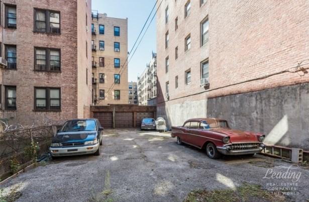 250 Lenox Road, Brooklyn, NY - USA (photo 2)