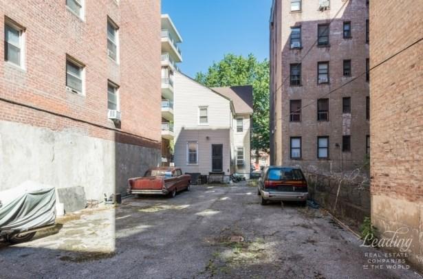 250 Lenox Road, Brooklyn, NY - USA (photo 3)